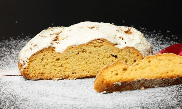 Buttermandelstollen
